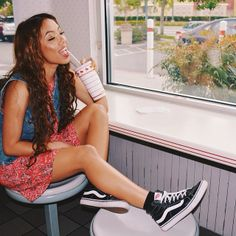 Amanda Reyes looking oh so cute in head-to-toe Vans apparel and footwear High Top Vans Outfit, Vans Sk8 Hi Outfit, Hi Top Vans, Vans Outfit Girls, Outfits Con Vans, Skater Outfits, School Outfits, Cute Summer Outfits, Cute Outfits