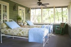 Google Image Result for http://www.livingthecountrylife.com/sites/default/files/styles/story_detail/public/BuildingaSleepingPorch.jpg
