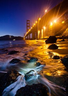 by jonmartin (), via Flickr.   How to create great sunsets at coastal location