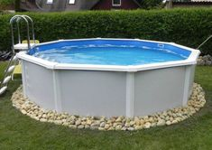 The FEELING pool set offers thanks to the robust construction and a handrail … - Modern Above Ground Pool Landscaping, Swimming Pool Landscaping, Oberirdischer Pool, Pool Decks, Outdoor Venues, Outdoor Decor, Diy Outdoor Kitchen, Back Patio, In Ground Pools