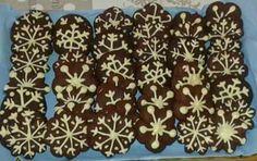 Fiocchi di neve di pasta frolla montata