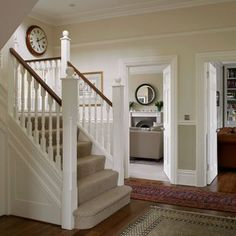 Traditional white painted hallway | Hallway decorating | 25 Beautiful Homes | Housetohome.co.uk
