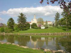 LaRoche College