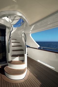 Benetti Yachts Crystal Stairs www. Benetti Yachts, Luxury Yachts, Yacht Design, Yacht World, Boat Interior, Interior Design, Boat Insurance, Float Your Boat, Yacht Boat