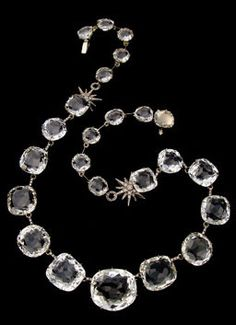 H. Stern: I have tried this necklace and the matching bracelet. It is amazing!