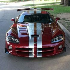 Top 102 sport luxury exotic cars for 2019 Dodge Viper, Exotic Sports Cars, Exotic Cars, Us Cars, Sport Cars, Auto Retro, Best Classic Cars, Mustang Cars, Expensive Cars
