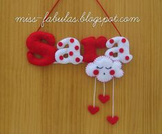 Cartel para Sara: blanco y rojo Nube y corazones Felt Crafts Diy, Baby Crafts, Crafts For Kids, Felt Name Banner, Name Banners, Candy Theme Birthday Party, Sewing Projects, Projects To Try, Felt Pillow