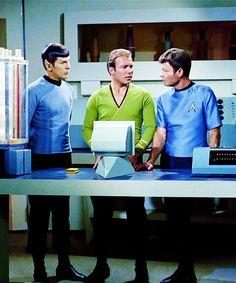 Star Trek ToS - Spock, Kirk & Bones
