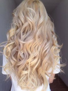 Shop our online store for blonde hair wigs for women.Blonde Wigs Lace Frontal Hair Purple Blonde Hair From Our Wigs Shops,Buy The Wig Now With Big Discount. Purple Blonde Hair, Ice Blonde, Blonde Wig, Ashy Blonde, Golden Blonde, Frontal Hairstyles, Wig Hairstyles, Long Blonde Hairstyles, Hairstyles Videos