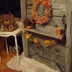 A Discarded Pallet Crafted Into a Cute Barn Door!