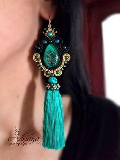 Emerald tassels earrings by Adriana Indian Jewelry Earrings, Boho Jewelry, Jewelery, Soutache Necklace, Tassel Earrings, Black Tree, Polymer Clay Charms, Gold Plated Earrings, Handmade Necklaces