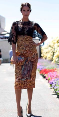 e2b243531dd Obsessed with this Dolce   Gabbana outfit on Lindy Klim. Races Fashion