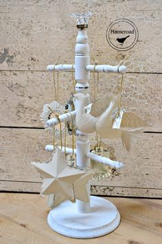 A great way to display ornaments and jewelry plus... Chalk Painted Metal Christmas Ornaments www.homeroad.net