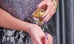 ¿Cansada de aplicar tu fragancia favorita solo para descubrir que a media tarde ha desaparecido su aroma?… Logra que al final de tu día, cuando llegues a casa, tu perfume huela fresco, ¡como si acabaras de ponértelo!