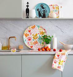 Colorful details give charm to the kitchen. #decor #interior #design #color #casadevalentina