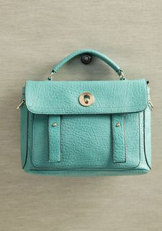 Drat this baby sold out before i scored it...ShopRuche.com  Shoreline Stroll Satchel