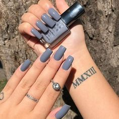 Semi-permanent varnish, false nails, patches: which manicure to choose? - My Nails Aycrlic Nails, Hair And Nails, Stylish Nails, Trendy Nails, Cute Acrylic Nails, Cute Nails, Perfect Nails, Gorgeous Nails, Instagram Nails