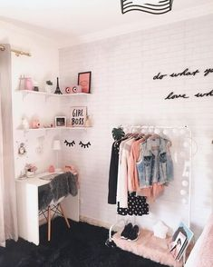 New room decor ideas bedroom decoration home 62 Ideas Cute Room Ideas, Cute Room Decor, Teen Room Decor, Diy Room Decor Tumblr, Bedroom Wall Decorations, Beauty Room Decor, Diy Decoration, Tumblr Rooms, Girl Bedroom Designs