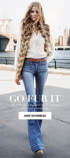 Wow. Sassy, sexy and 70s inspired. Such a great look!! Fab jeans.