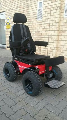 Standing Predator 4x4 Power Wheelchair Powered Wheelchair, Power Wheels, Predator, Outdoor Power Equipment, 4x4, Chairs, Stool, Garden Tools, Side Chairs