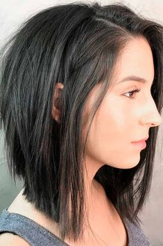 layered bob hairstyles We have created a photo gallery where you can find trendy ways of sporting inverted bob haircuts of various length and texture. Inverted Bob Hairstyles, Medium Bob Hairstyles, Long Bob Hairstyles For Thick Hair, Natural Hairstyles, Choppy Bob Hairstyles Messy Lob, Womens Bob Hairstyles, Short To Medium Haircuts, Braided Hairstyles, Thick Hair Bob Haircut