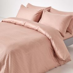 Our Taupe Beige 330 Thread Count Satin Stripe Egyptian Cotton Duvet Cover Set is the perfect addition to any bedroom that needs a little hotel quality luxury. Egyptian Cotton Duvet Cover For a truly luxurious night's sleep, you can't go wrong with pure Duvet Bedding, Linen Bedding, Bedding Sets, Bed Linens, King Size Bed Linen, Beige Bed Linen, Single Duvet Cover, Duvet Cover Sets, Egyptian Cotton Duvet Cover