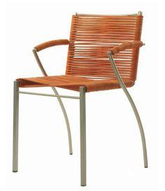 Silla Mayo, 2000. #Diseño: Ricardo Blanco. Producción: Team Fierro Tubo lacado, cordón de cuero.