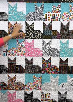 Quilt Like the idea of a patchwork quilt with a single row of appliques - baby quilt with sailboats Free Quilt Patterns, Free Easy Quilt Patterns Perfect for Quilting For Beginners, Quilting Tutorials, Quilting Projects, Quilting Designs, Beginner Quilt Patterns Free, Beginner Quilting, Quilting Ideas, Easy Baby Quilt Patterns, Sewing Projects