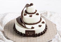 Giulietta: three-layer mini wedding cake with gelato flavours of your choice. Gelato Flavors, Mini Wedding Cakes, Fresh Cream, Confectionery, Pastries, Panna Cotta, Simple, Ethnic Recipes, Desserts