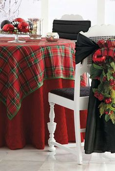 The perfect way to set the stage for a beautiful holiday, without unraveling your budget.
