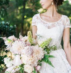 bridal bouquet idea; photo: Nicole Berrett Photography