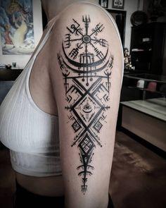 Geometric Sleeve Tattoo, Tribal Arm Tattoos, Sun Tattoos, Body Art Tattoos, Sleeve Tattoos, Viking Tattoo Symbol, Norse Tattoo, Tattoo Symbols, Future Tattoos