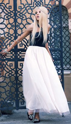 Do You Remember Me ? Black And White Princess Maxi Dress