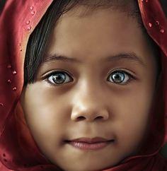 Amazing Eyes And Cute Child Beautiful Eyes Image | imagefully.com