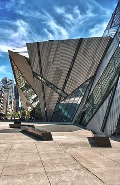 "500px / Photo ""Royal Ontario Museum Entrance, Toronto"" by Michele Mengo"