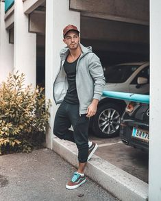 Nice style by avramov. Men Looks, Fashion Night, Love Fashion, Mens Fashion Wear, Fashion Outfits, New Photo Style, Mens Photoshoot Poses, Male Models Poses, Cool Outfits