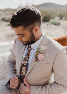 The bridal cape trend is back in this inspired Joshua Tree elopement editorial - 100 Layer Cake Wedding Groom, Wedding Men, Wedding Attire, Wedding Styles, Party Wedding, Wedding Stuff, Groom And Groomsmen Attire, Groom Outfit, Groom Suits