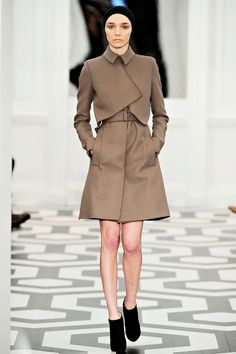 Victoria Beckham Fall 2011 RTW - Review - Fashion Week - Runway, Fashion Shows and Collections - Vogue
