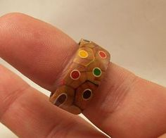 Colored Pencil Ring by kludge77 [Instructables]