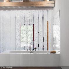 ein lamellenvorhang als optimaler raumteiler zaubern sie mit einem lamellenvorhang. Black Bedroom Furniture Sets. Home Design Ideas