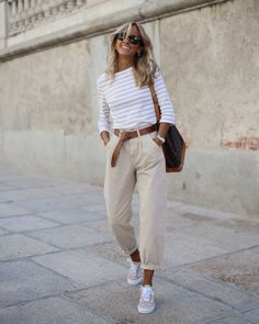 Fashion Tips Moda .Fashion Tips Moda Adrette Outfits, Stylish Outfits, Spring Outfits, Fashion Outfits, Womens Fashion, Fashion Hacks, Fashion Tips, Fashion Styles, Ladies Fashion