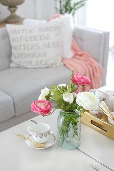 Craftberry Bush | DIY Paper Sack Vase and Realistic Faux Flowers | http://www.craftberrybush.com