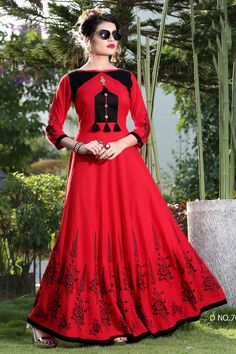 LKFABKART is a ethnic wear dealer and supplier in womens section at wholesale rates with quality customer service. Salwar Neck Designs, Kurta Designs Women, Indian Tunic, Indian Ethnic Wear, Indian Designer Outfits, Designer Dresses, Designer Kurtis, Indian Dresses, Indian Outfits
