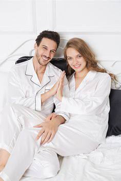 Soft Pure Silk Pajamas Sets For Your Love.#hisandher #pajamaset #pajamassatin #silkpajamas