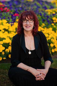 Fiona Blackburn_ con