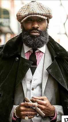 Luxury Lifestyle A Lista Pinnacle Gentleman Mode, Dapper Gentleman, Dapper Men, Gentleman Style, Black Men Beards, Handsome Black Men, Sharp Dressed Man, Well Dressed Men, Gorgeous Black Men