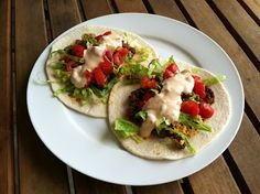 A Taste of Home Cooking: Recipe Swap - Sriracha Beef Tacos
