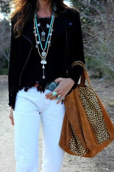 Best Outfit Ideas for Women Over 40 - Fashion Trends Moda Hippie, Moda Boho, Cute Fashion, Boho Fashion, Womens Fashion, Fashion Trends, Look Boho Chic, Bohemian Style, Bohemian Clothing