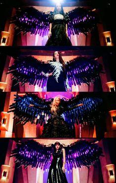 Yg Entertainment, Evil Angel, Lisa Blackpink Wallpaper, Blackpink Memes, Rose Park, Fashion Wallpaper, Black Pink Kpop, Blackpink And Bts, Jennie