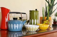 LOVE Catherine Holm enamelware! Too bad it's uber expensive. :(